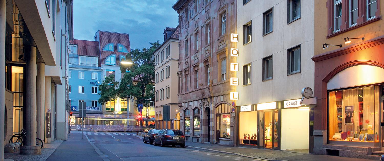 Central hotel garni w rzburg ihr hotel im zentrum w rzburgs for Hotel wurzburg zentrum